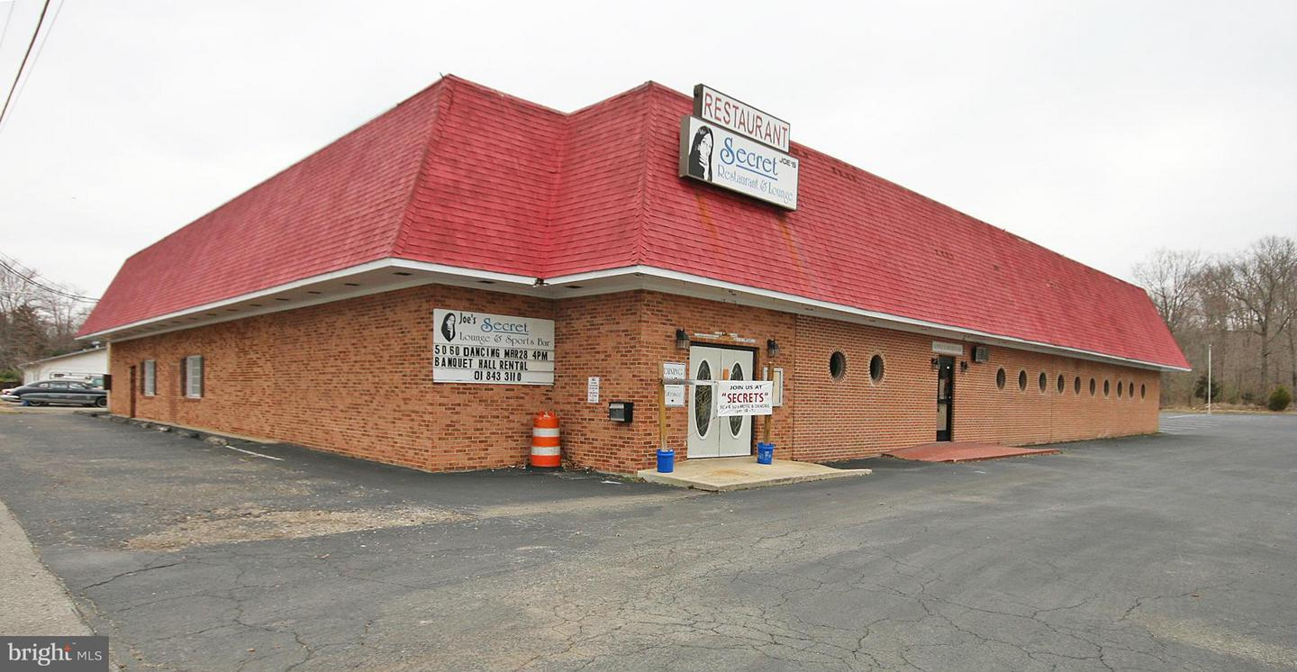 Commercial for Sale at 63 Glymont Rd Indian Head, Maryland 20640 United States