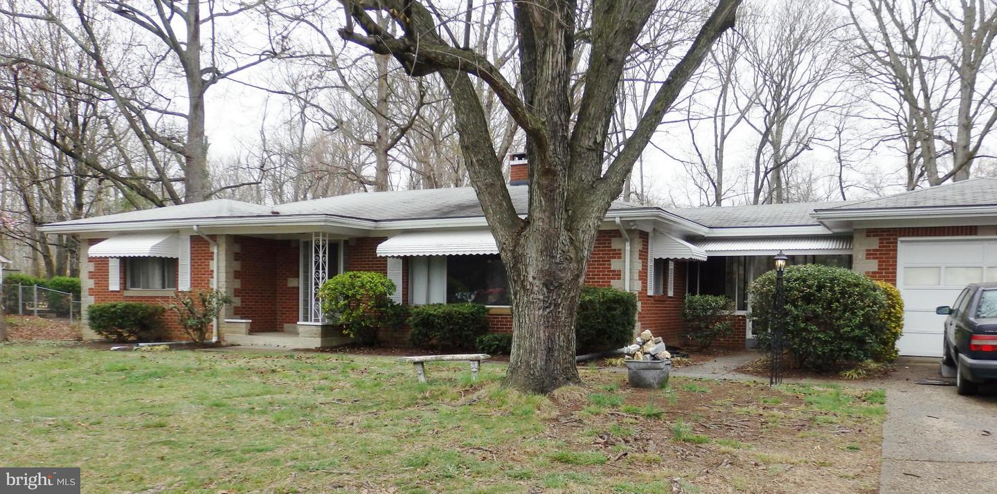 Photo of home for sale at 22912 Three Notch Road, Lexington Park MD