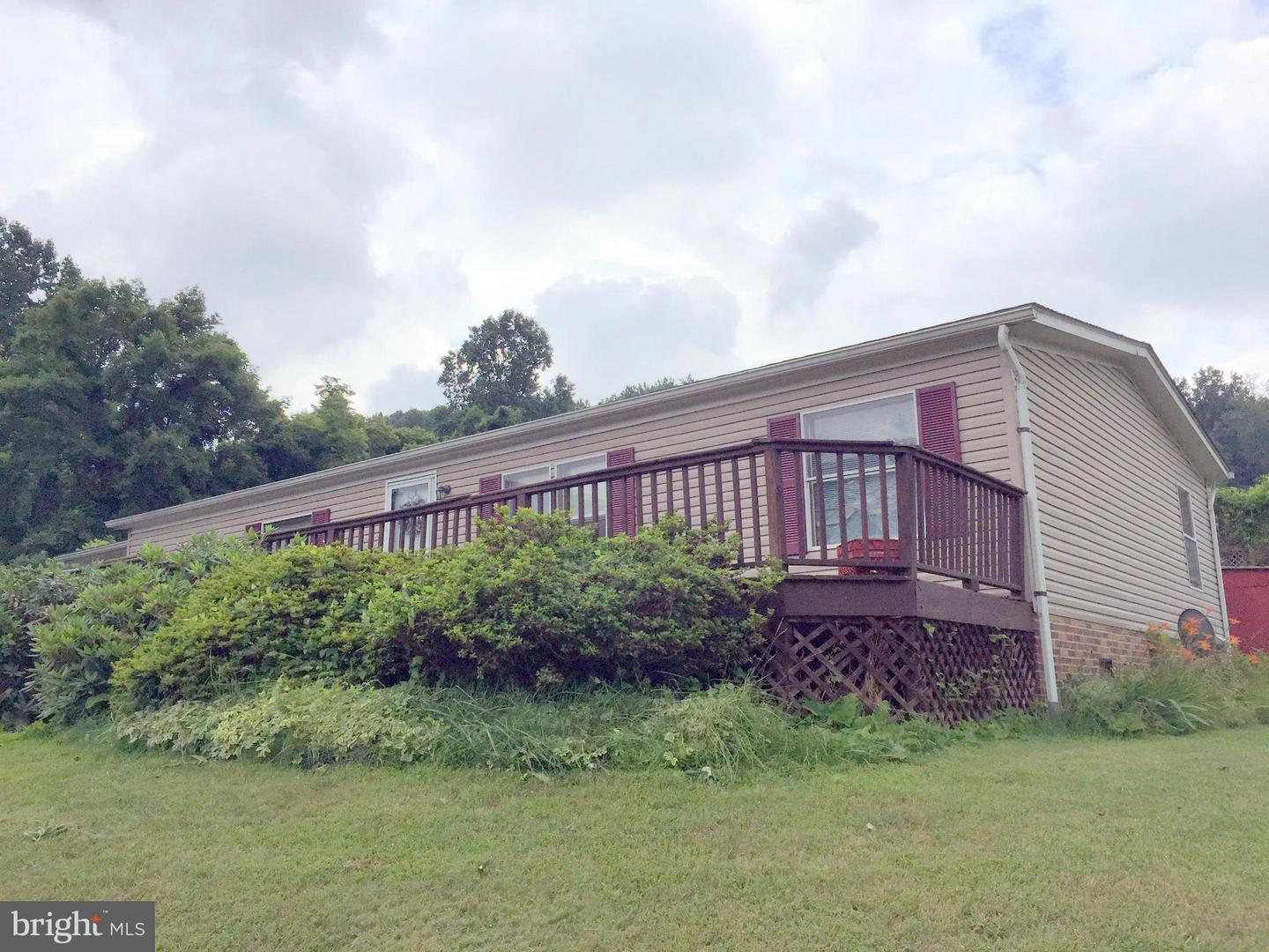 Photo of home for sale at 1306 Rocky Branch Road, Luray VA