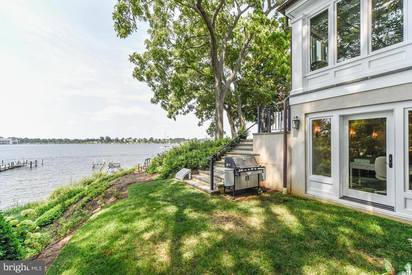 Additional photo for property listing at 2013 Homewood Rd  Annapolis, Maryland 21409 United States