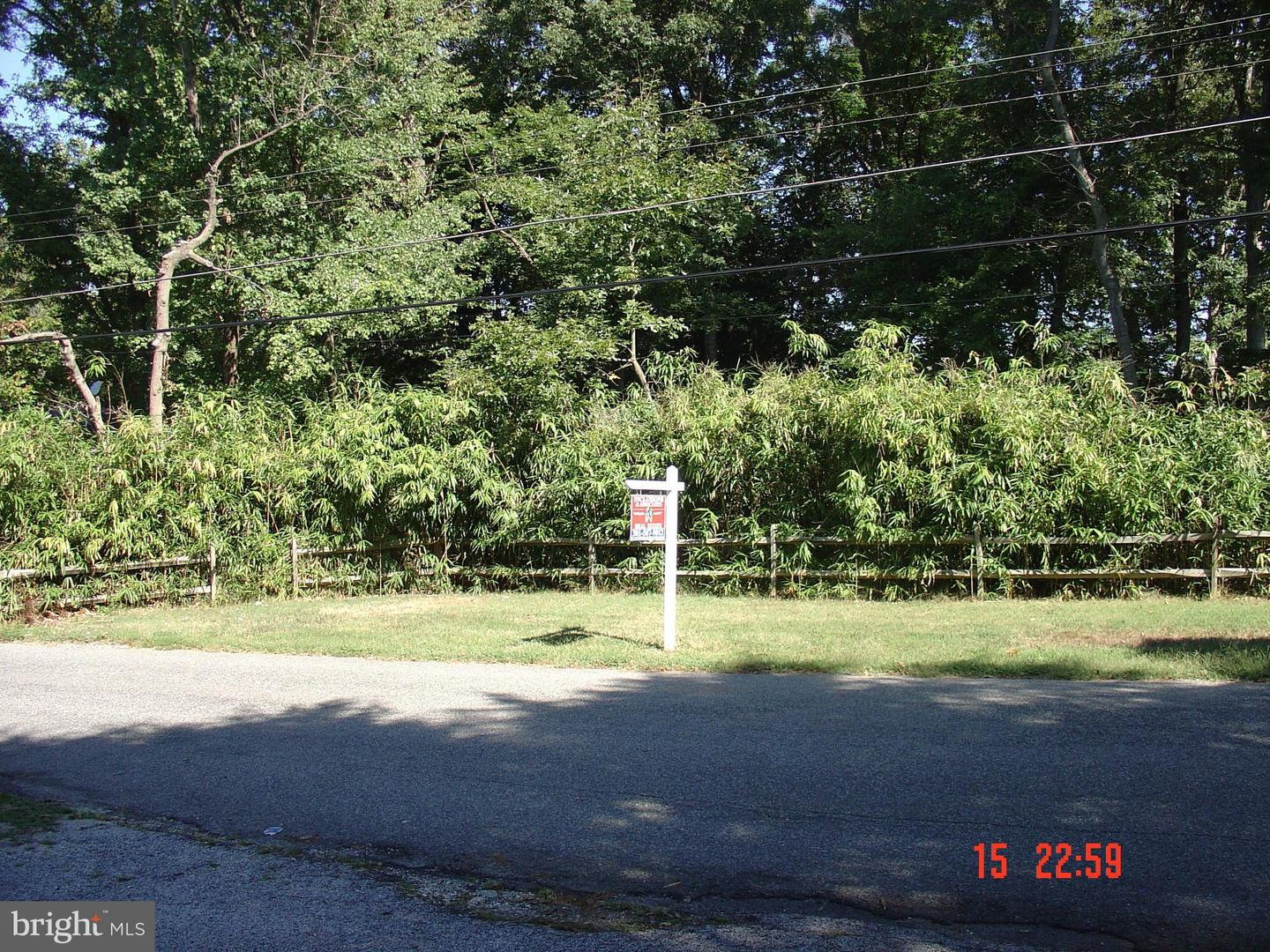Photo of home for sale at 1020 Broadview Road, Fort Washington MD