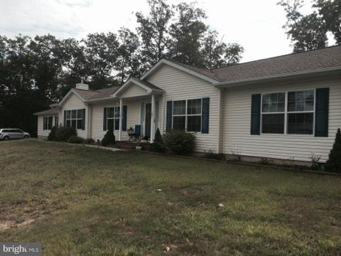 Single Family for Sale at 676 Tupelo Loop Springfield, West Virginia 26763 United States