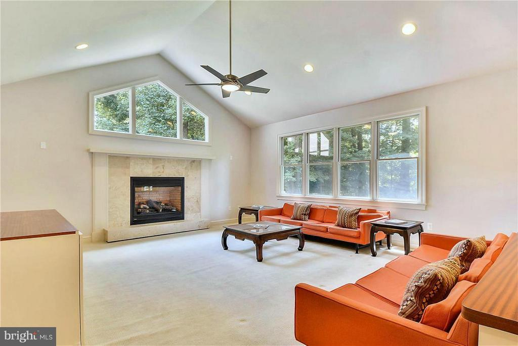 Family Room on Main Level - 1808 RIVER WATCH LN, ANNAPOLIS