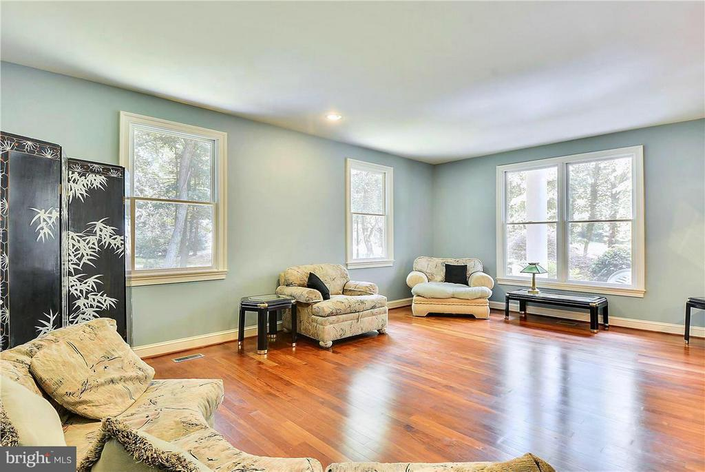Living Room with Beautiful Hardwood Floors - 1808 RIVER WATCH LN, ANNAPOLIS