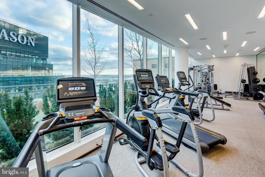 State of the Art Fitness Center - 300 INTERNATIONAL DR #2701, BALTIMORE