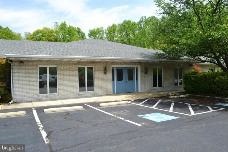 Other Residential for Rent at 2425 Solomons Island Rd #suitesgh Huntingtown, Maryland 20639 United States