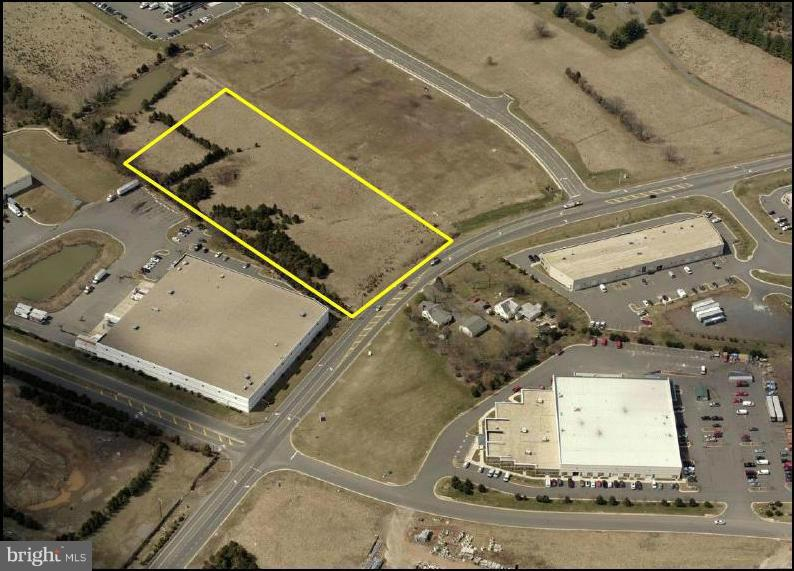 Photo of home for sale at 7286 Wellington Road, Manassas VA