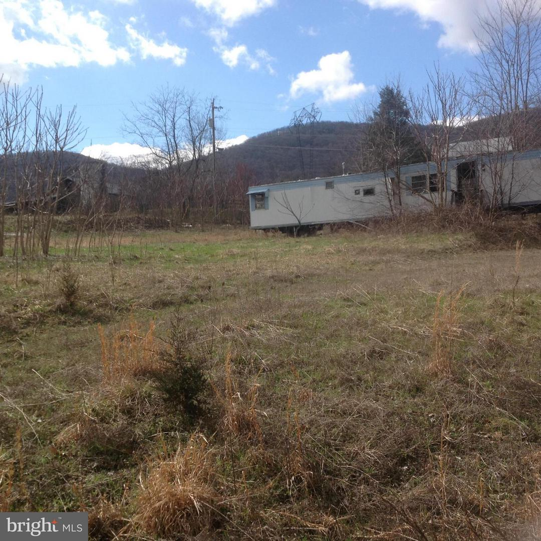Photo of home for sale at 8 Sky Valley Sub Div Sec V, Cabins WV