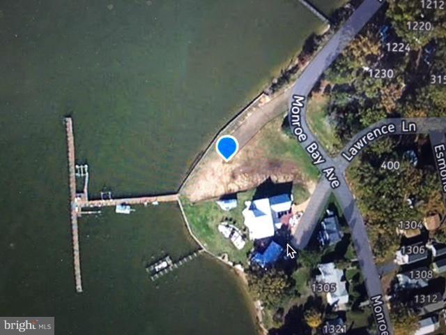 Land for Sale at Monroe Bay Avenue Monroe Bay Avenue Colonial Beach, Virginia 22443 United States