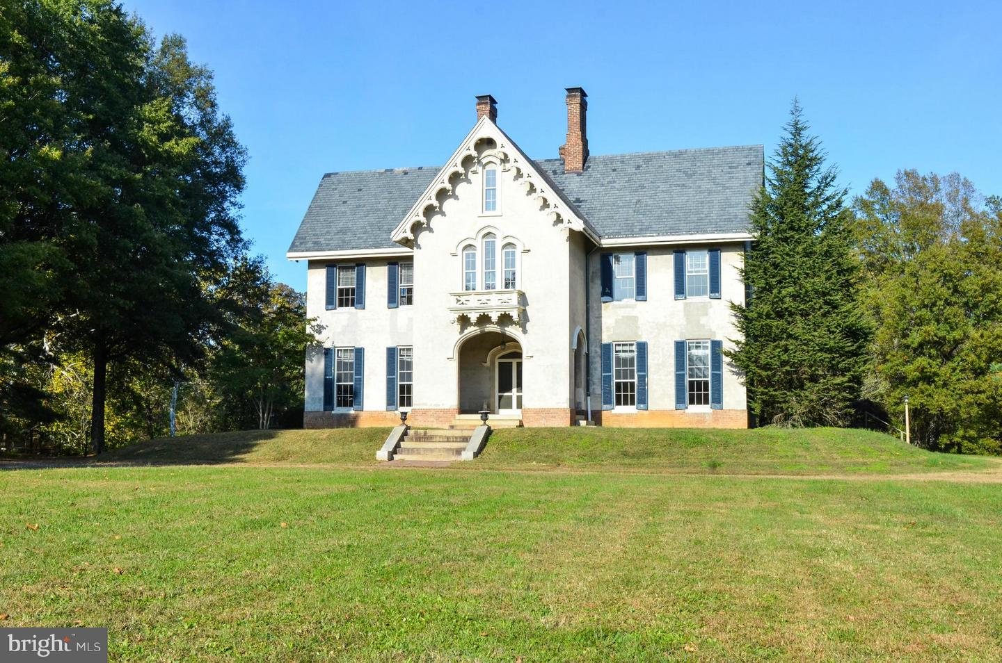 Single Family Home for Sale at 6073 Leedstown Road 6073 Leedstown Road Colonial Beach, Virginia 22443 United States
