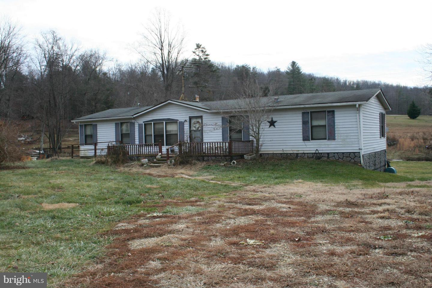 Photo of home for sale at 3632 Wolftown Hood Road, Madison VA