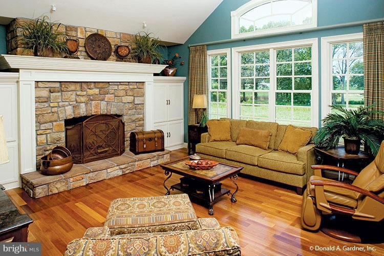 Family Room - 14294 HARRISVILLE RD, MOUNT AIRY