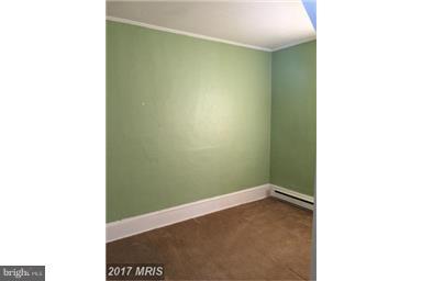 Bedroom - 537 LONGMARSH RD, BERRYVILLE