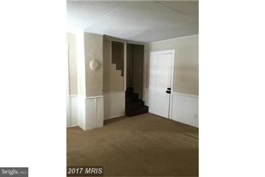 Living Room - 537 LONGMARSH RD, BERRYVILLE