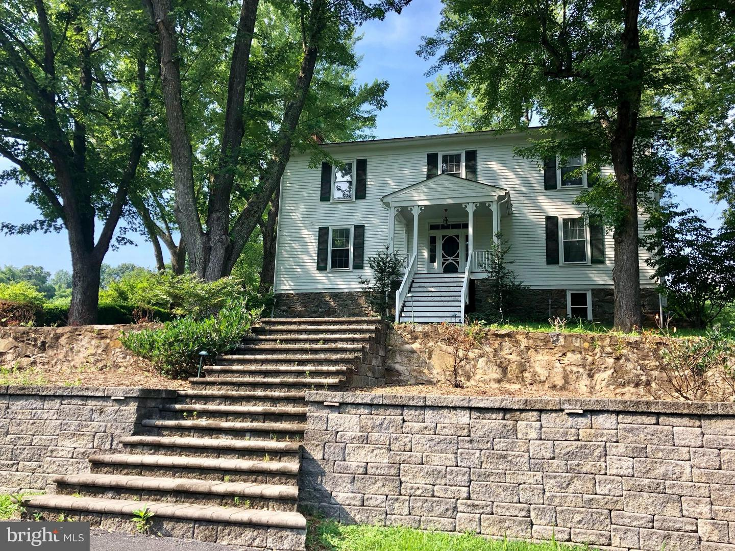 Other Residential for Rent at 5299 Keyser Rd Hume, Virginia 22639 United States