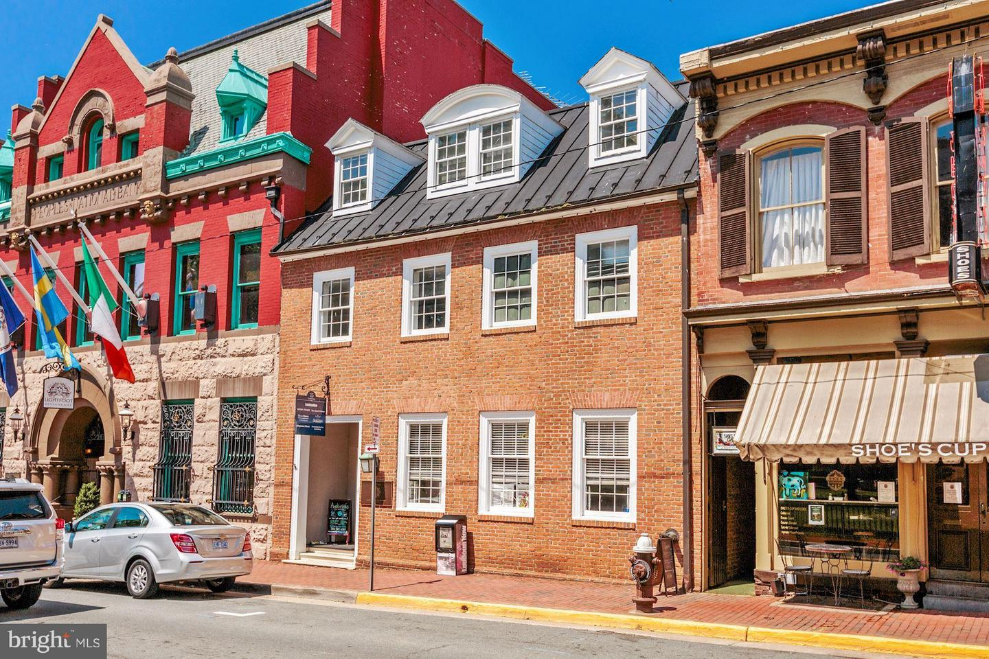 Other Residential for Rent at 15 King St Leesburg, Virginia 20176 United States