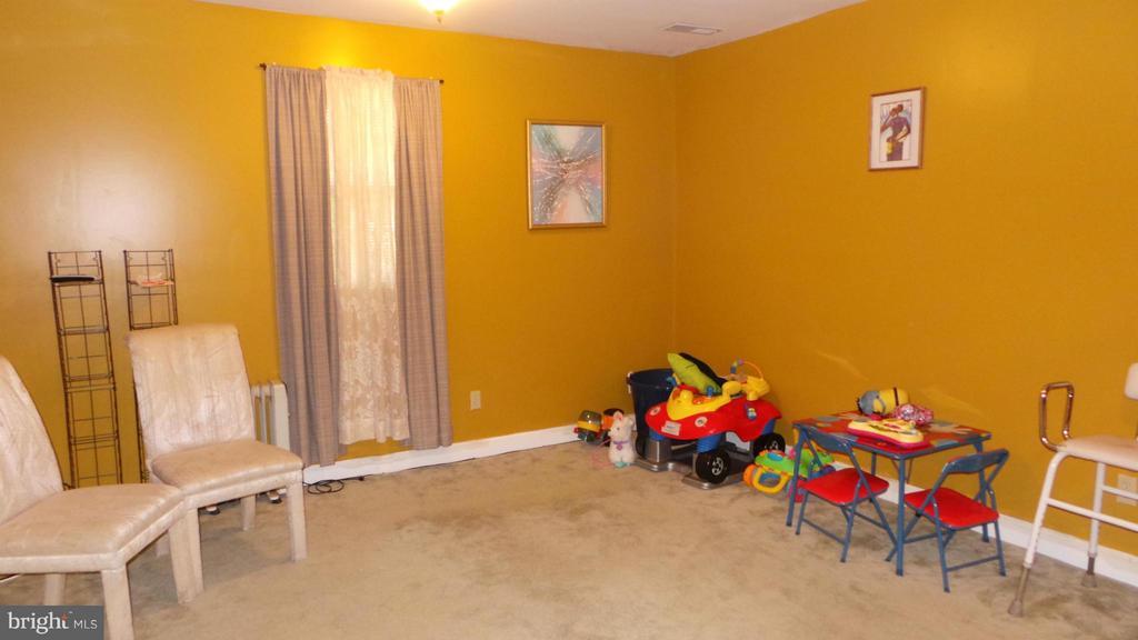Bedroom - 444 RIDGE RD SE, WASHINGTON