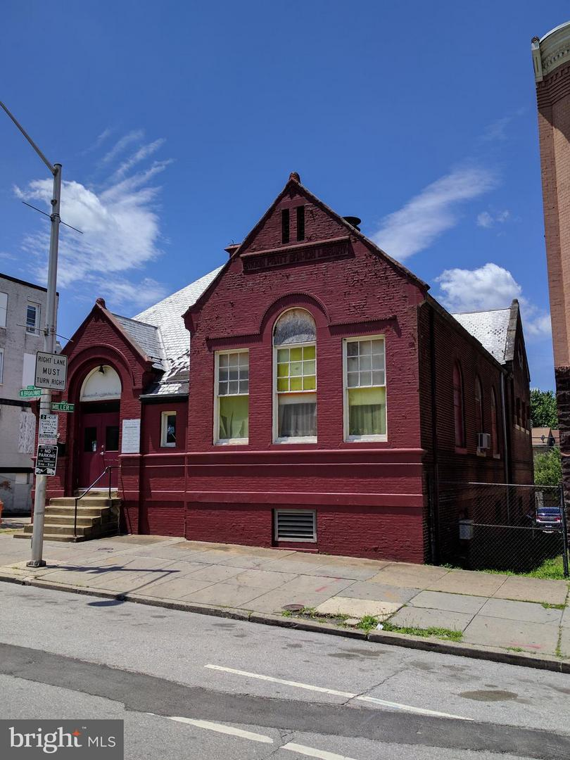 Photo of home for sale at 818 Broadway, Baltimore MD