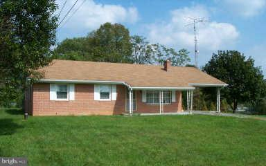 Photo of home for sale at 5811 Shepherdstown Road, Martinsburg WV