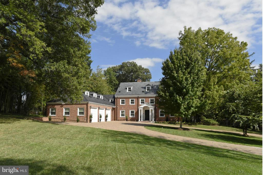 820  HERBERT SPRINGS ROAD, Alexandria, Virginia
