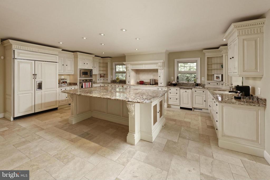 Designer Kitchen - 820 HERBERT SPRINGS RD, ALEXANDRIA