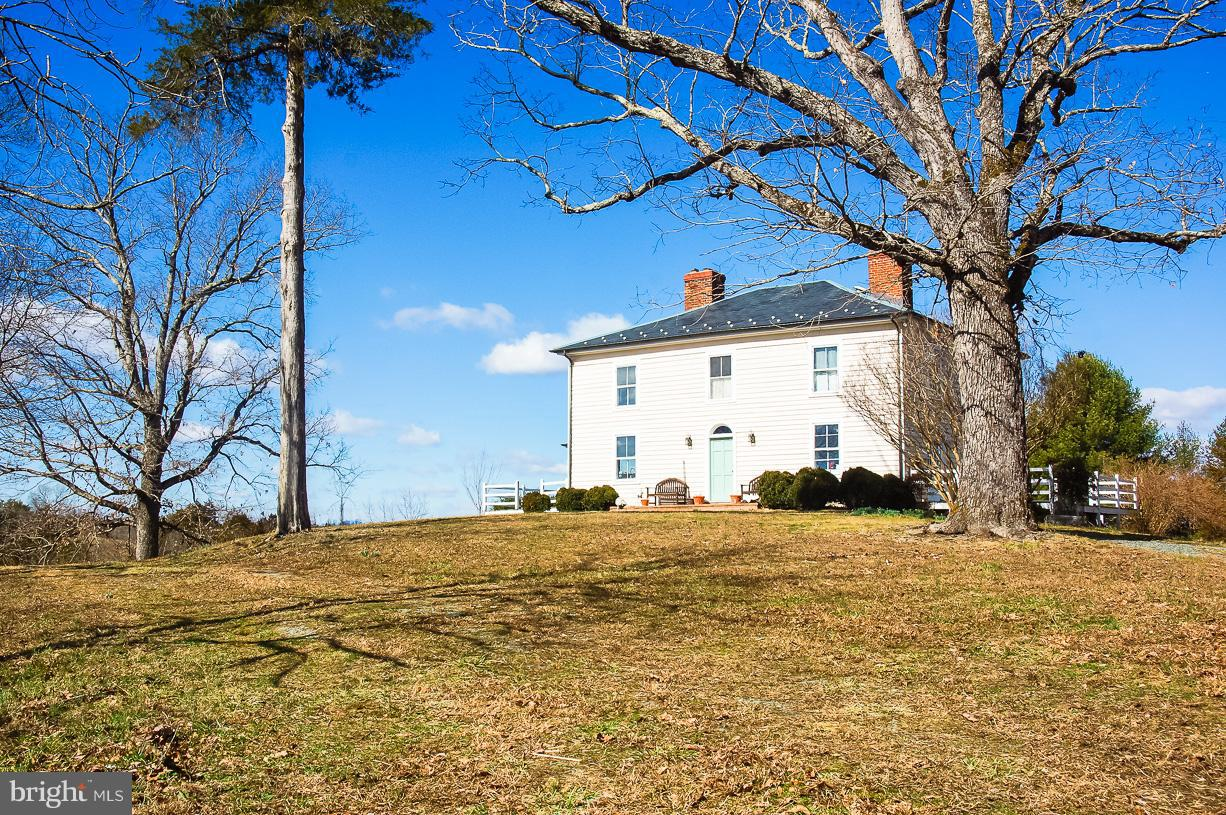 Farm for Sale at 143 Hatton Ferry Rd Buckingham, Virginia 23921 United States