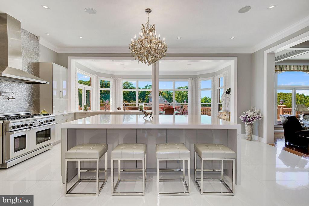 Renovated Kitchen with island - 15325 MASONWOOD DR, GAITHERSBURG