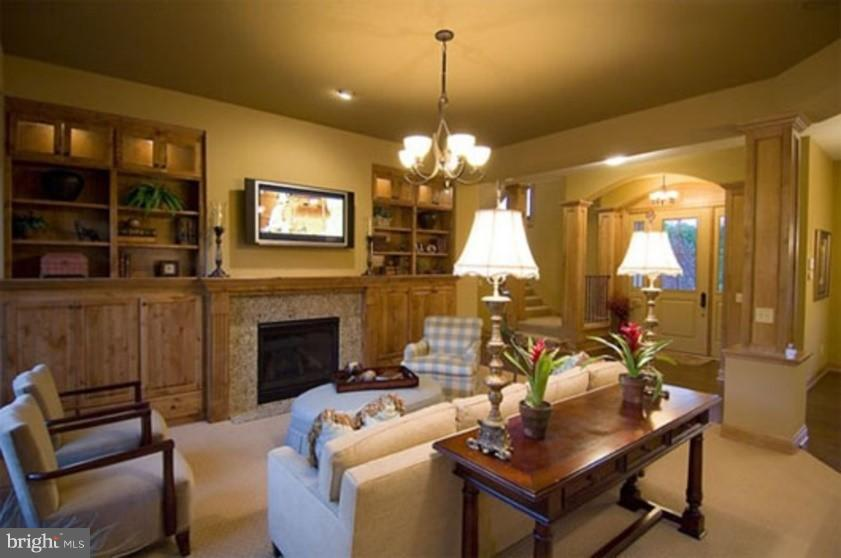 Family Room - 7167 WOODVILLE RD, MOUNT AIRY