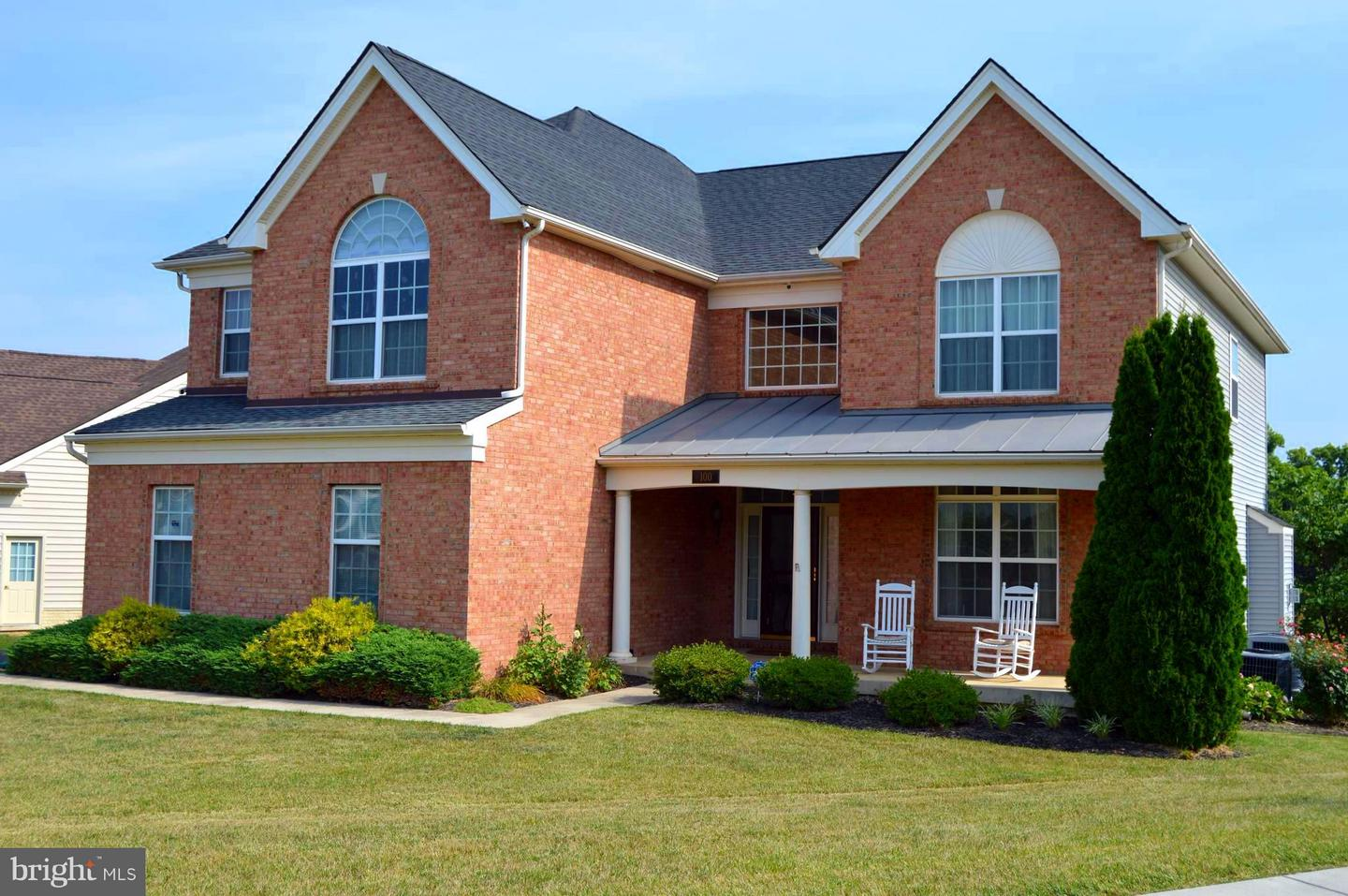Photo of home for sale at 100 Abino Hills Way, Martinsburg WV