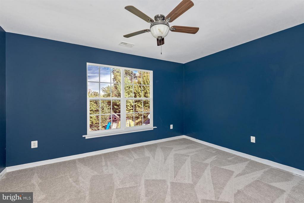 Ceiling fans in all bedrooms - 6830 WOODCREST RD, NEW MARKET