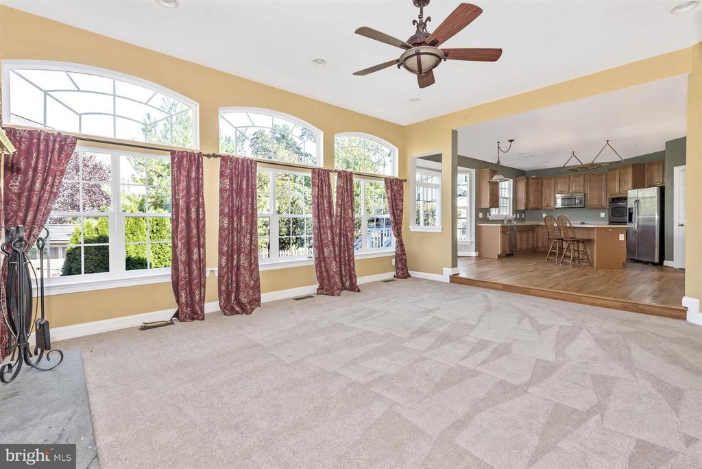 Family Room with an amazing wall of windows - 6830 WOODCREST RD, NEW MARKET