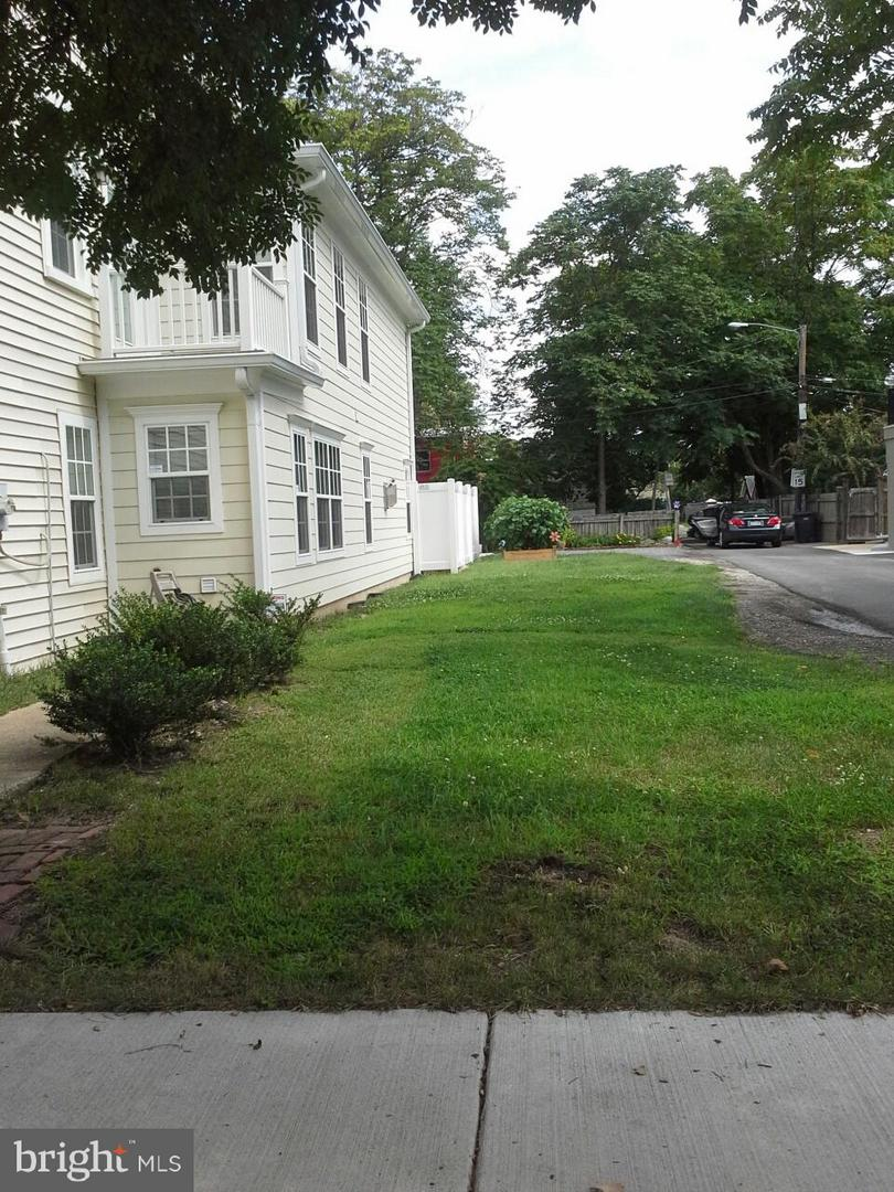Land for Sale at 509 Henry St N Alexandria, Virginia 22314 United States