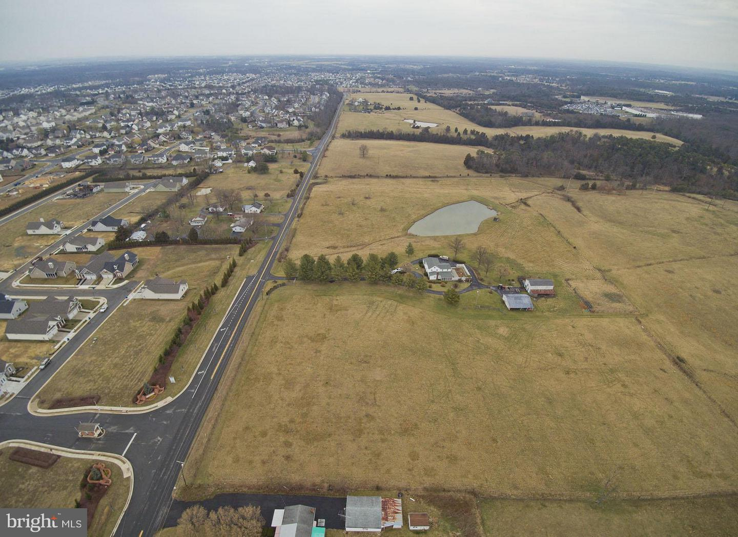 Commercial for Sale at 471 White Oak Rd White Post, Virginia 22663 United States