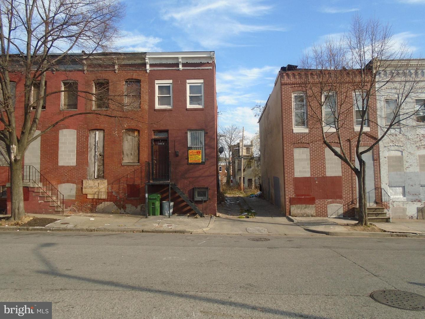 Single Family for Sale at 2437 Francis St Baltimore, Maryland 21217 United States