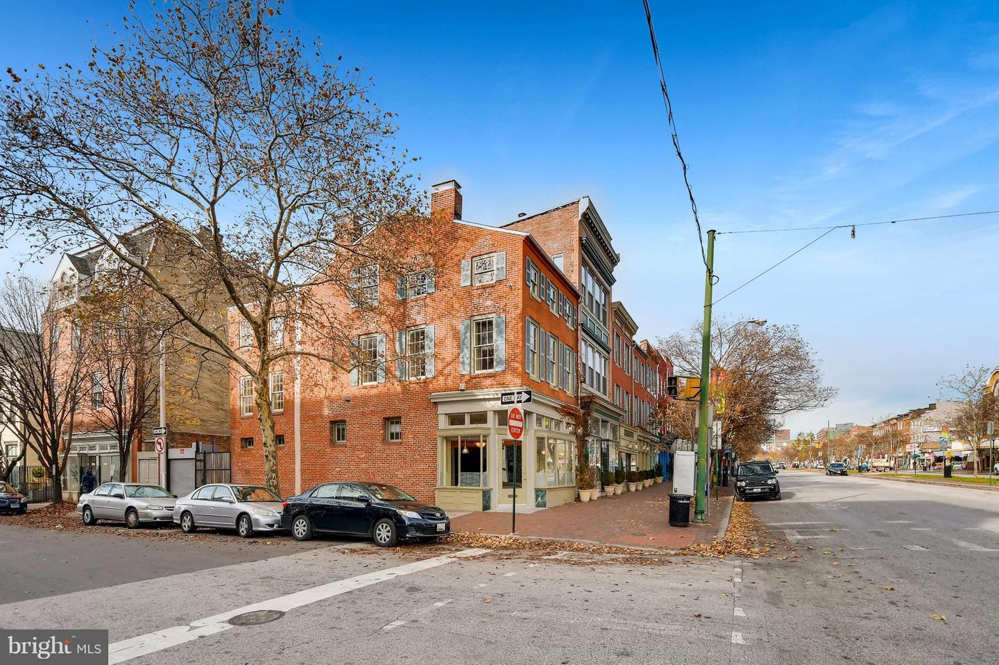 Single Family for Sale at 330 Broadway S Baltimore, Maryland 21231 United States