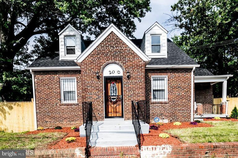 Single Family for Sale at 200 51st St NE Washington, District Of Columbia 20019 United States