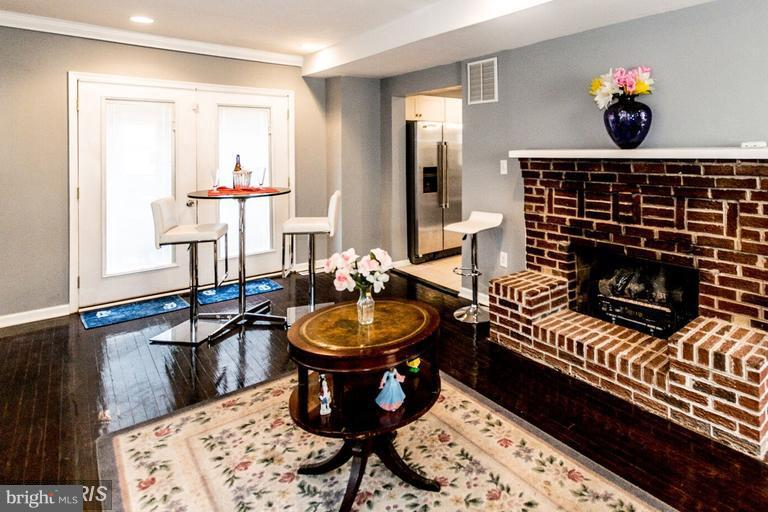 Living Room - 200 51ST ST NE, WASHINGTON
