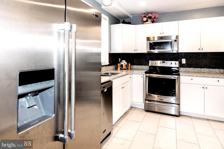 Kitchen - 200 51ST ST NE, WASHINGTON