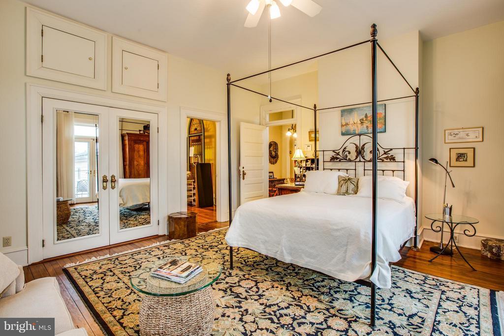 Bedroom (Master) - 1411 WASHINGTON AVE, FREDERICKSBURG