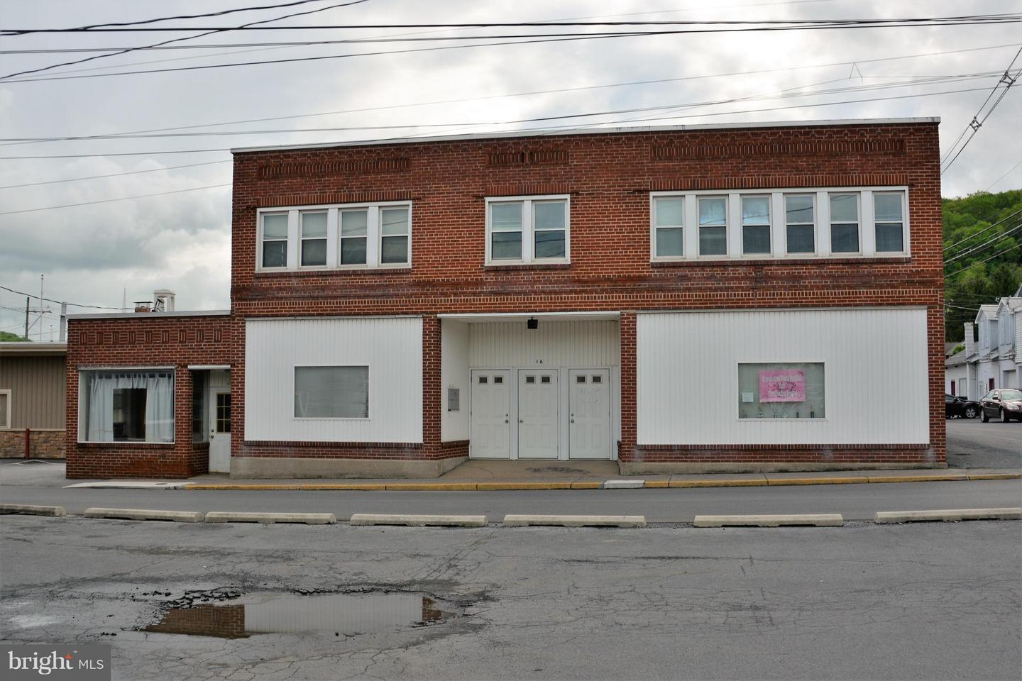 Other Residential for Sale at 16 Water Street Everett, Pennsylvania 15537 United States