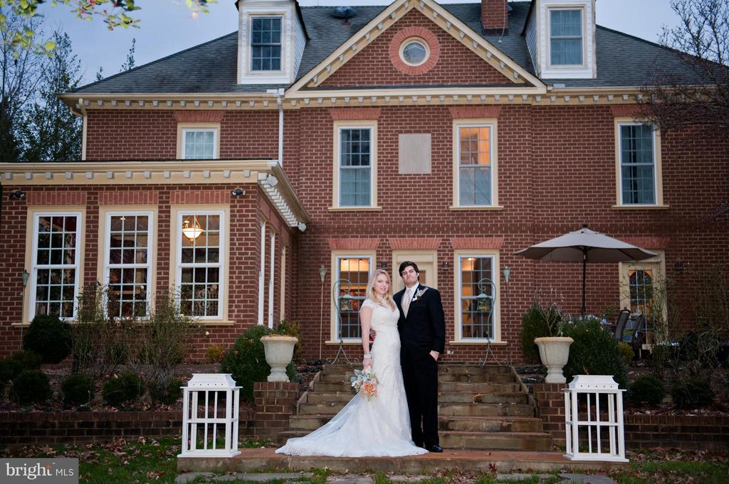 Bride and Groom at Rear of Main Residence - 6818 RIVER RD, FREDERICKSBURG