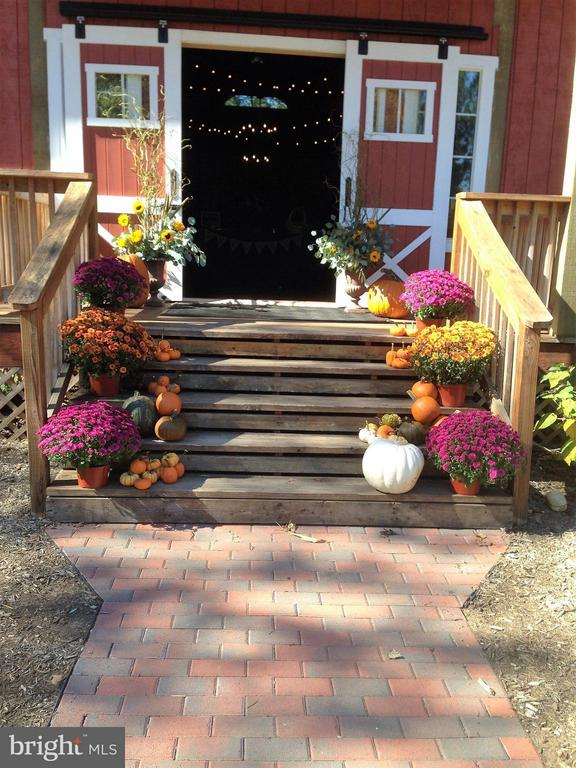 Special Events Barn/Venue Decorated Main Entry - 6818 RIVER RD, FREDERICKSBURG