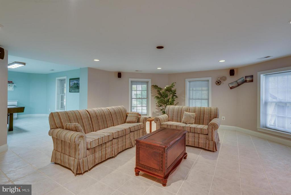 Daylight Walkout Basement with Tile Floors - 12100 WALNUT BRANCH RD, RESTON