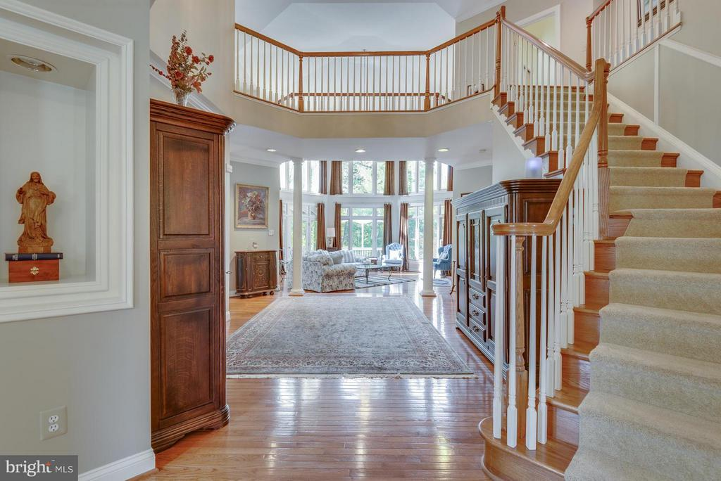 Two Story Domed Foyer with hardwood staircase - 12100 WALNUT BRANCH RD, RESTON