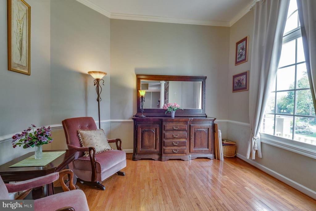 Sitting Room in Master Bedroom - 12100 WALNUT BRANCH RD, RESTON