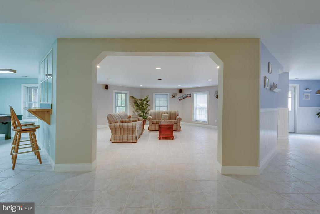 Tiled floor, Bar Seating w/ area for pool table - 12100 WALNUT BRANCH RD, RESTON