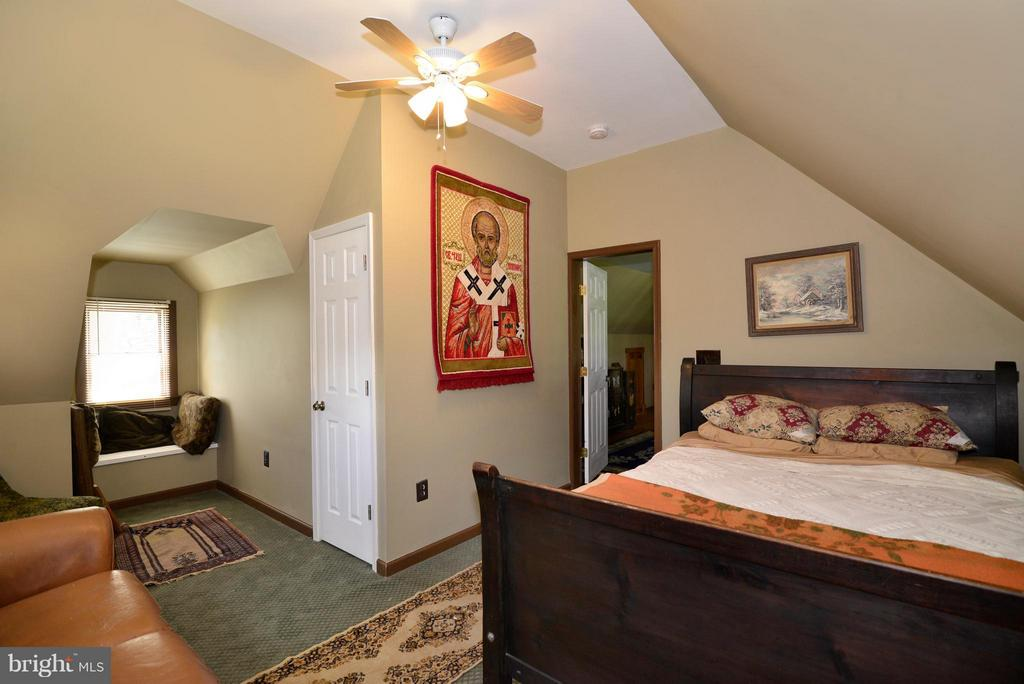 3rd Bedroom - 34894 PAXSON RD, ROUND HILL