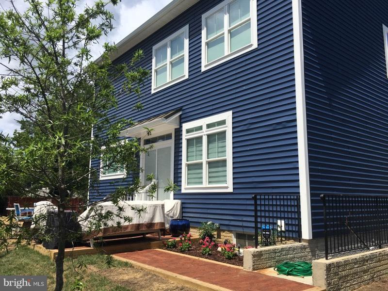 Exterior (Rear) - 8124 HOLLAND RD, ALEXANDRIA