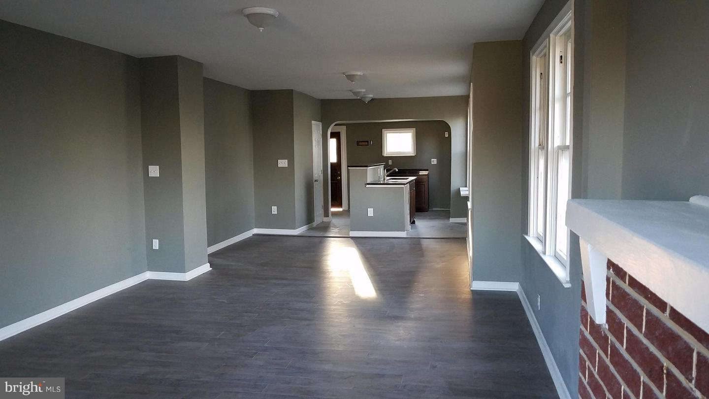 Single Family for Sale at 6207 Fair Oaks Ave Baltimore, Maryland 21214 United States