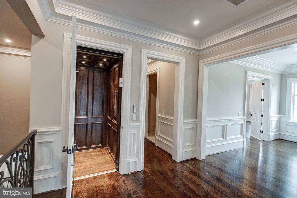 Elevator to All Levels - 1181 BALLANTRAE LN, MCLEAN